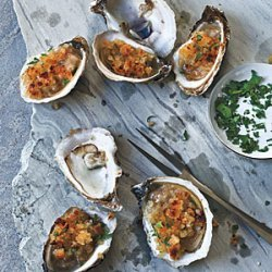 Broiled Oysters with Garlic-Buttered Breadcrumbs
