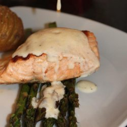 Salmon Fillets with Lemon-Thyme Sauce