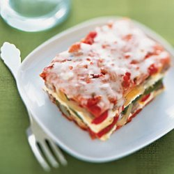 Sausage, Bell Pepper, and Onion Lasagna recipe
