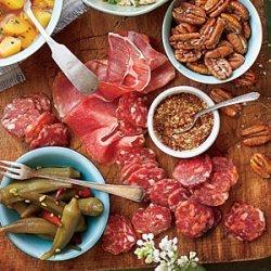 Easy Summer Appetizer Board