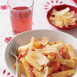 Rigatoni with Grilled Tomatoes and Cream