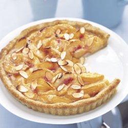 Honey-Glazed Peach Tart with Mascarpone Cream