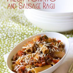 Pasta with Fresh Tomato Sauce and Sausage