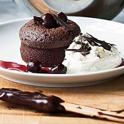 Warm Chocolate Cakes with Mascarpone Cream recipe
