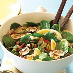 Spinach, Mushroom, and Fennel Salad with Warm Bacon Vinaigrette recipe