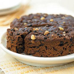 Steamed Brown Bread with Currants and Walnuts