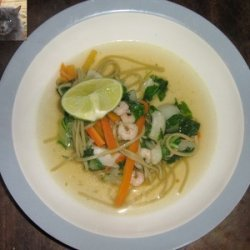 Thai noodle soup with vegetables and shrimps recipe