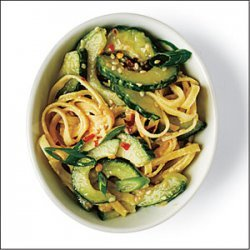 Spicy Pasta Cucumber Salad