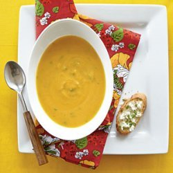 Roasted Butternut Soup with Goat Cheese Toasts