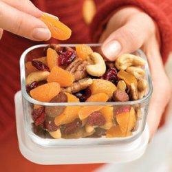 Healthful Fruit-and-Nut Mix
