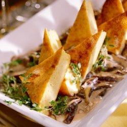 Spoonbread Grits with Savory Mushroom Sauce