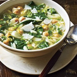 Spinach, Pasta, and Pea Soup