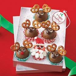 Santa and Reindeer Truffles recipe