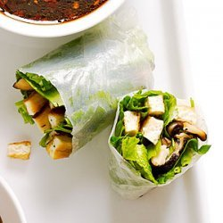 Crisp Tofu, Shiitake, and Spinach Summer Rolls recipe