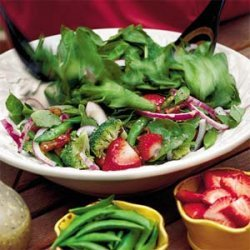 Spinach-and-Strawberry Salad