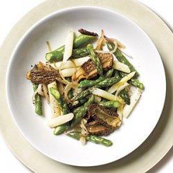 Morel Mushroom and Asparagus Saute