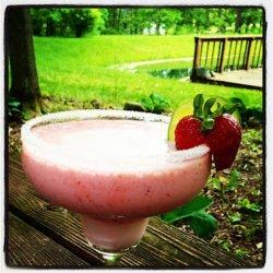 Strawberry Margarita Fizz