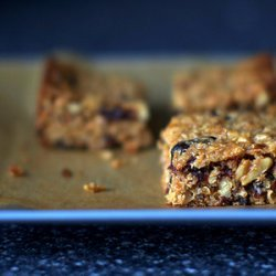 Thick, chewy granola bars [smittenkitchen.com] (adapted to be nut-free)