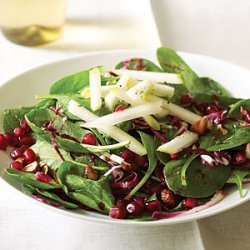 Spinach Pomegranate Salad With Pears and Hazelnuts recipe