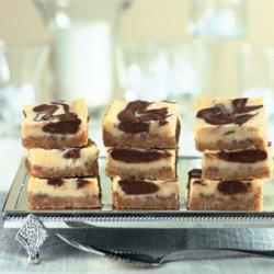 Cheesecake Swirl Bars