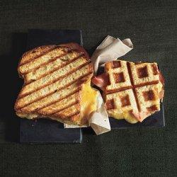 Pressed Turkey and Farmhouse Cheddar on Egg Bread recipe