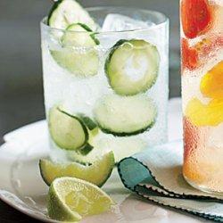 Cucumber Gin & Tonic