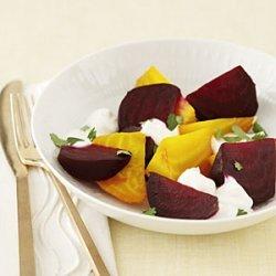 Beet Salad With Yogurt Dressing