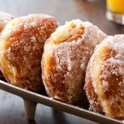 Vanilla Cream–Filled Doughnuts recipe