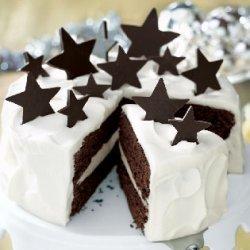 White Chocolate Truffle and Chocolate Fudge Layer Cake