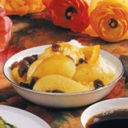 Pears in Spiced Raisin Sauce