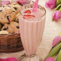 Fruity Strawberry Shake