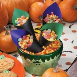 Sweet 'n' Spicy Halloween Munch