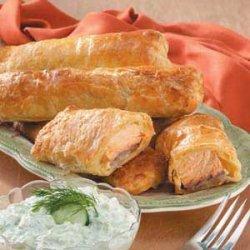 Puff Pastry Salmon Bundles