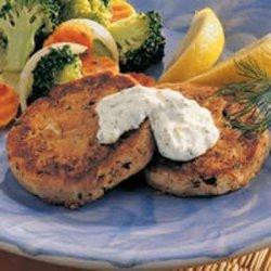 Tuna Patties with Dill Sauce