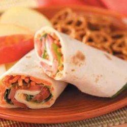 Vegetarian Hummus Wraps