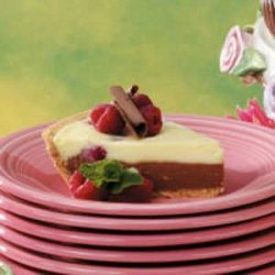 Two-Tone Cheesecake Pie