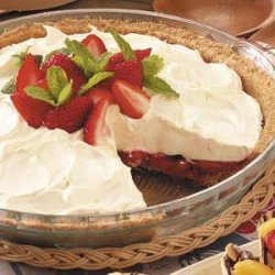 No-Bake Strawberry Cheesecake Pie