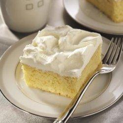 Tastes Like Eggnog Cake