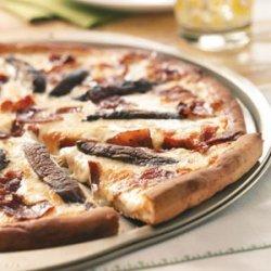 Alfredo Bacon Mushroom Pizza