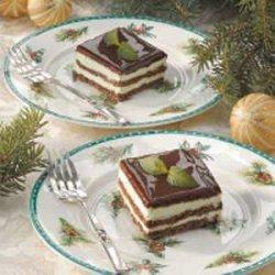 Chocolate Mint Eclair Dessert