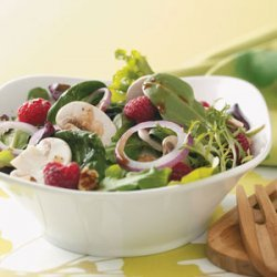 Summer Salad with Lemon Vinaigrette
