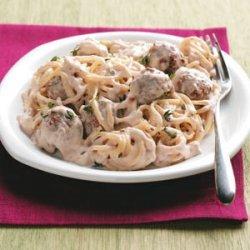 Stroganoff-Style Spaghetti 'n' Meatballs recipe