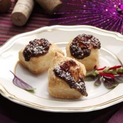 Onion Tarts with Balsamic Onion Jam