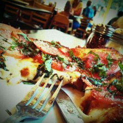 Deep-Dish Pizza Margherita
