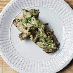 Creamed Oysters and Mushrooms on Toast