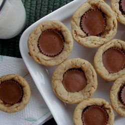 Stormy's Reese's Peanut Butter Cup Cookies (2 Ingredients!)