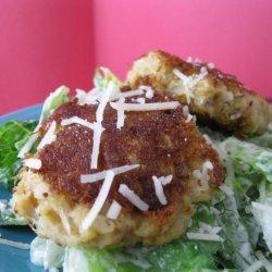 Quick and Easy Crabby Caesar Salads #5FIX recipe