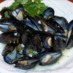 Mussels in White Wine and Garlic recipe