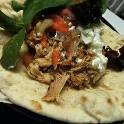 Greek Chicken Pita Pockets - Crock Pot!