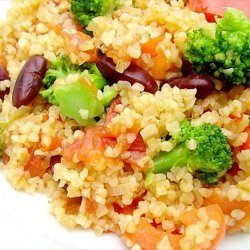 Bulgur Pilaf With Broccoli and Peppers